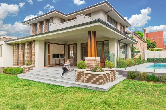 Kew, A heritage zoned renovation & extension