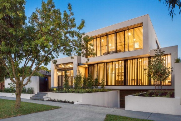 Malvern East, A new home build